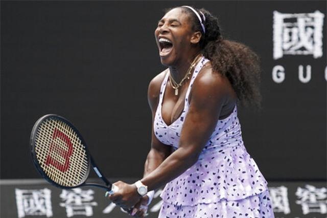 Australian Open: ĐKVĐ Osaka thua tay vợt 15 tuổi, Serena Williams cũng dừng bước - 3