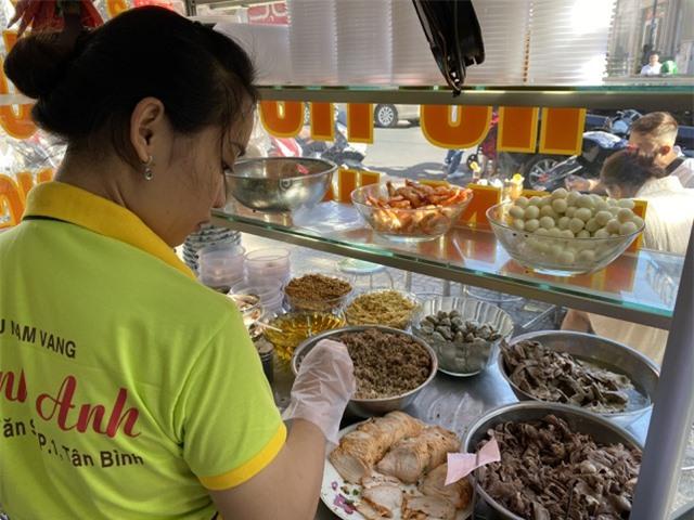 TPHCM: Quán ăn, cà phê tăng giá phi mã ngày mùng 1 Tết - 8