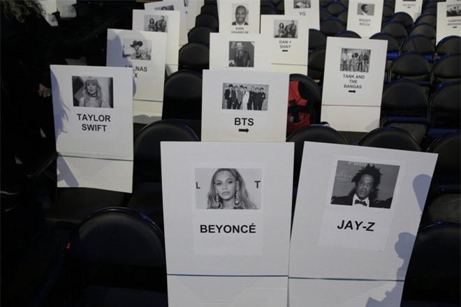Taylor Swift đột ngột rút tên khỏi danh sách trình diễn chỉ 2 ngày trước thềm Grammy 2020, chính thức cạch mặt giải thưởng danh giá này? - Ảnh 2.