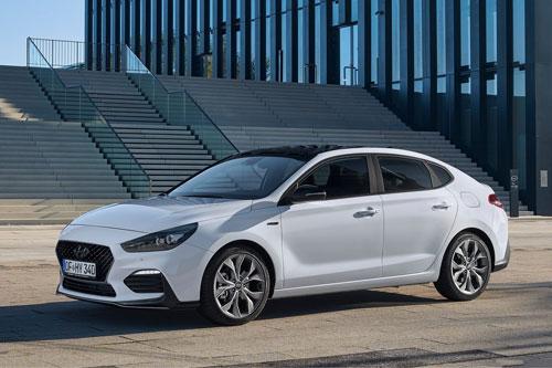 Cận cảnh Hyundai i30 Fastback N Line giá gần 622 triệu đồng