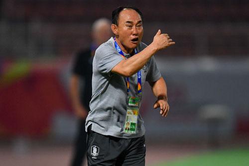 """HLV U23 Hàn Quốc: """"Saudi Arabia rất mạnh, nhưng chúng tôi sẽ lên ngôi Vô địch"""""""