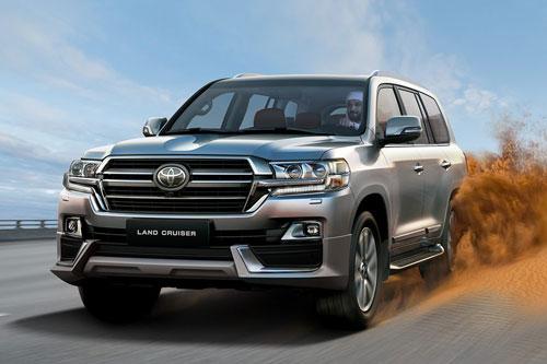 """XE HOT (26/1): Toyota Highlander giá hơn 2,4 tỷ tại VN, Toyota Land Cruiser mới sẽ bị """"rút gọn"""" động cơ"""