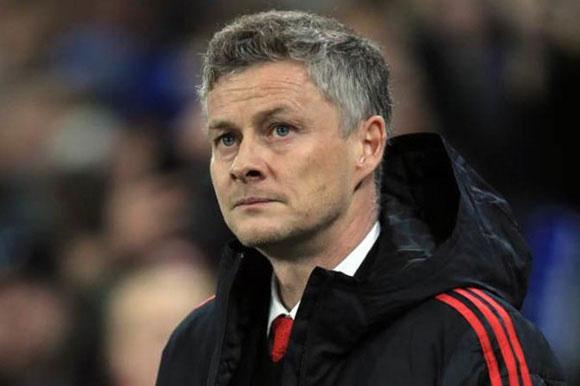 """HLV Solskjaer """"nói cứng"""" trước tin đồn bị Man Utd sa thải"""