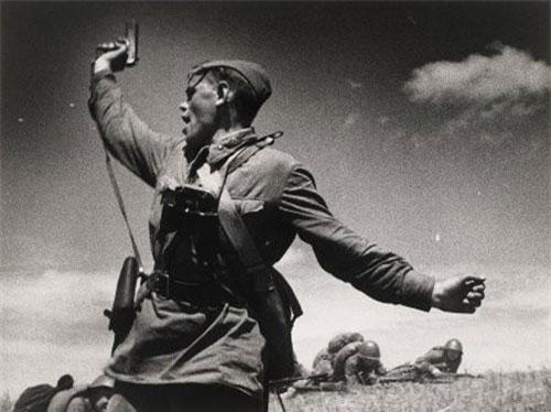 Tận mục những bức ảnh chiến tranh chưa từng được công bố