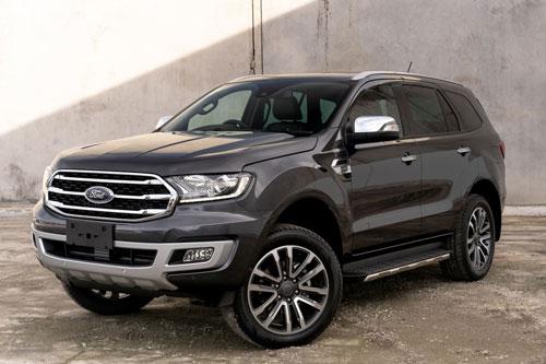 Ford Everest 2020 có gì nổi bật để so kè với Toyota Fortuner?