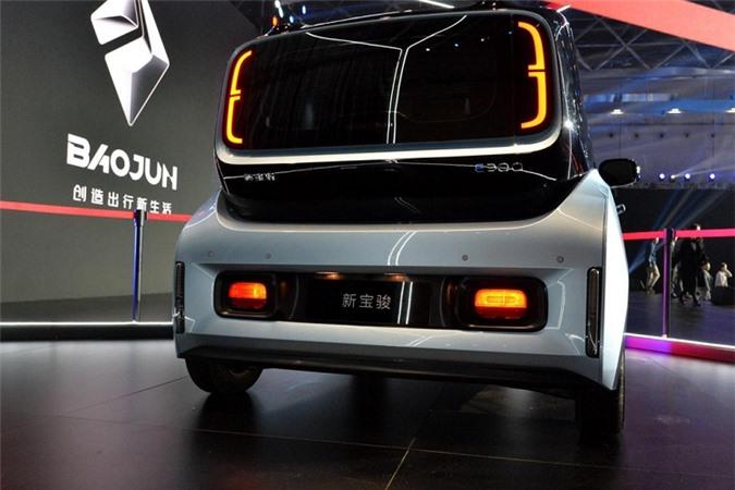 Chi tiet oto dien Baojun E300 2020 chi tu 200 trieu dong-Hinh-4