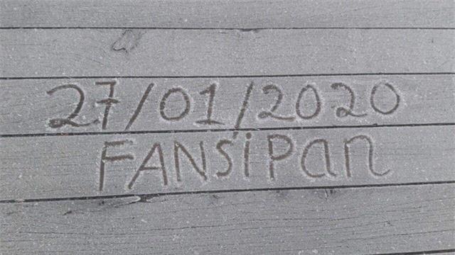 Mùng 3 Tết xuất hiện băng giá tại Fansipan - Ảnh 1.