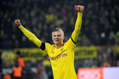 Tiền đạo: Erling Haaland (Borussia Dortmund, 19 tuổi, giá trị chuyển nhượng: 45 triệu euro).