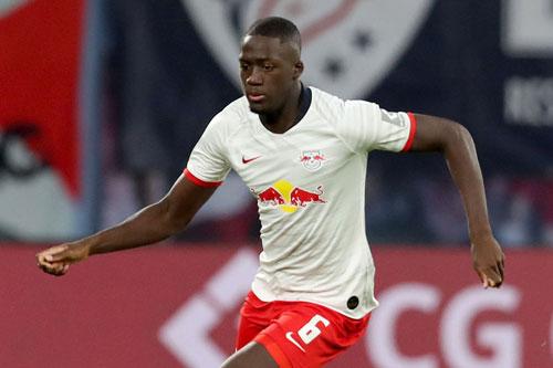 Trung vệ: Ibrahima Konate (RB Leipzig, 20 tuổi, giá trị chuyển nhượng: 45 triệu euro).