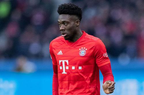 Hậu vệ trái: Alphonso Davies (Bayern Munich, 19 tuổi, giá trị chuyển nhượng: 25 triệu euro).