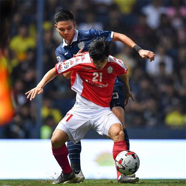 HLV Park Hang Seo sẽ dự khán trận siêu kinh điển của bóng đá Việt Nam - 2