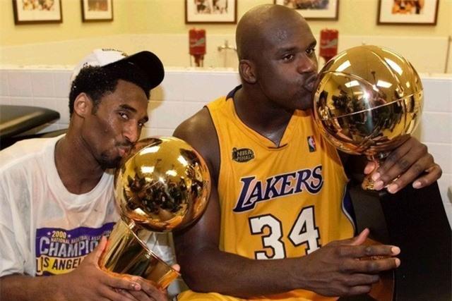 Nhìn lại những dấu ấn trong sự nghiệp Kobe Bryant - Ảnh 2.