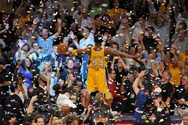 Nhìn lại những dấu ấn trong sự nghiệp Kobe Bryant - Ảnh 3.
