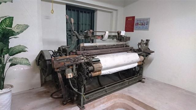 Những chiếc máy vang bóng một thời đang được trưng bày trong Bảo tàng Dệt may.