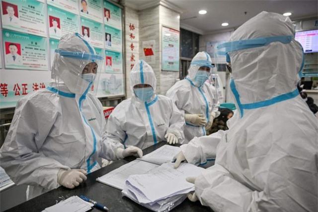"""Trung Quốc điều 6.000 y bác sĩ trên cả nước tới """"ổ dịch"""" Hồ Bắc - 1"""