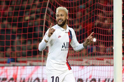 3. Neymar (Paris Saint-Germain, giá trị hiện nay: 160 triệu euro, mức rớt giá: 20 triệu euro).