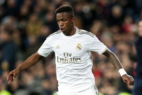 5. Vinicius Junior (Real Madrid, giá trị hiện nay: 50 triệu euro, mức rớt giá: 20 triệu euro).