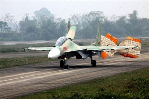 Bat ngo: Viet Nam la quoc gia so huu nhieu sieu co Su-30MK2 nhat the gioi!-Hinh-2