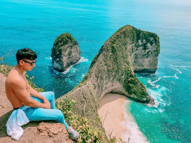 Những tấm hình cực hot của Isaac khi đi du lịch tại Bali