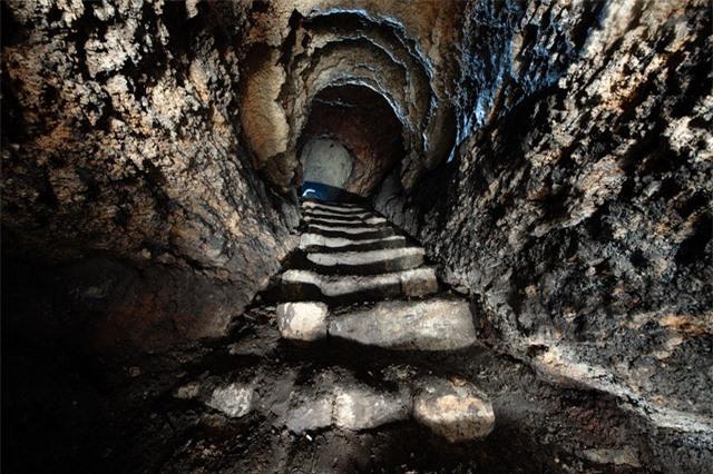 Hầm mộ Odessa: Lang thang trong mê cung địa đạo 2500km dưới lòng đất - Ảnh 4.