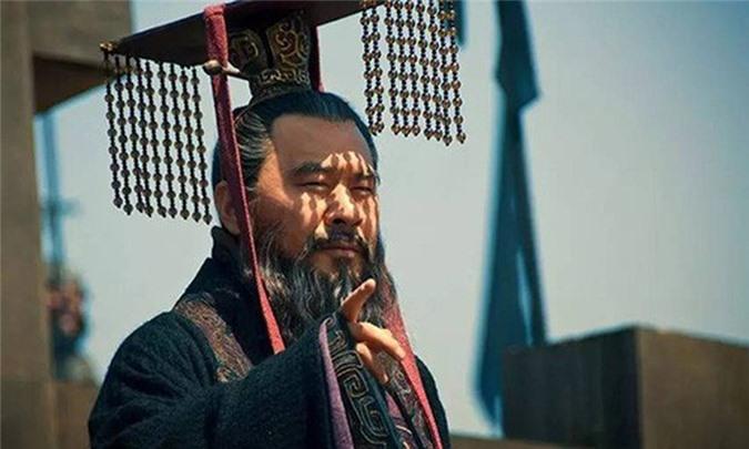 Truoc luc chet, gian hung Tao Thao tien tri gi ve Tu Ma Y?