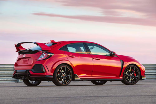 5. Honda Civic Type R (thời gian tăng tốc từ 0-100 km/h: 5 giây).
