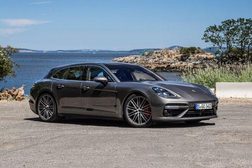8. Porsche Panamera Sport Turismo.