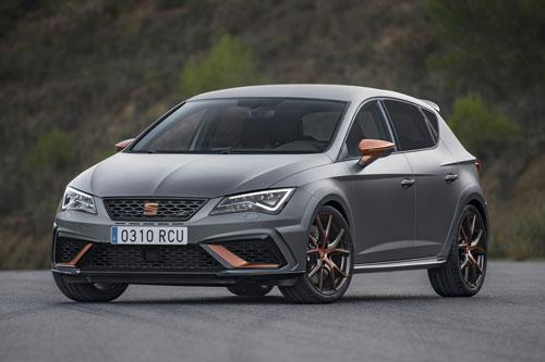 9. Seat Leon Cupra R (thời gian tăng tốc từ 0-100 km/h: 5,8 giây).