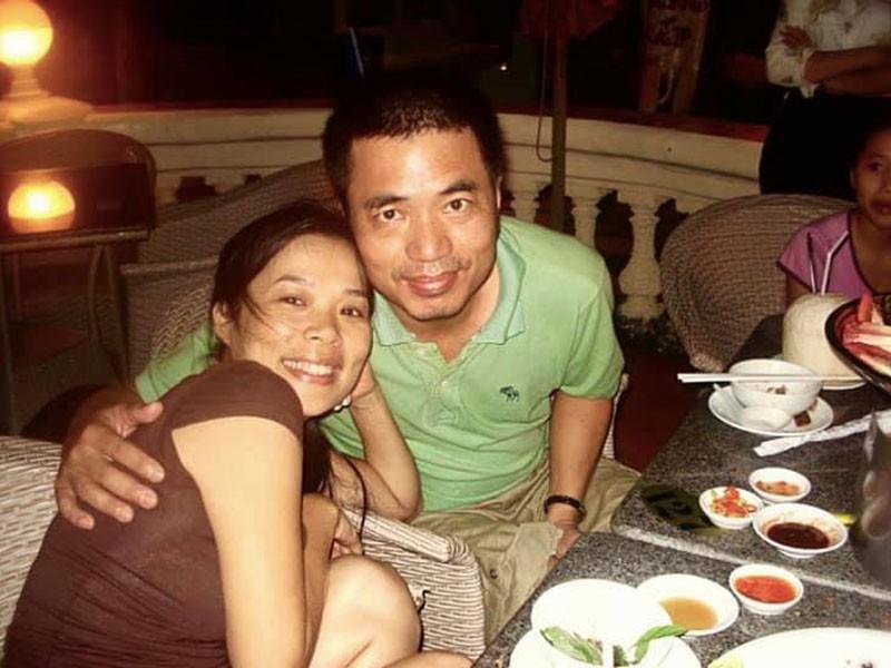 Năm 2005, khi đang ở thời kỳ đỉnh cao của sự nghiệp, nữ ca sĩ Mỹ Lệ lên xe hoa. Ông xã của cô là một doanh nhân Việt kiều Đức rất thành đạt.