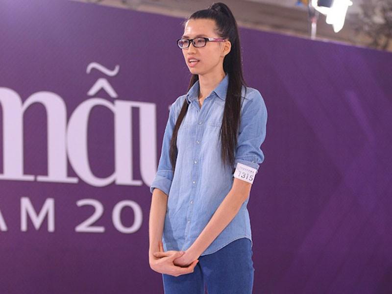 Cách đây 5 năm, Hồng Xuân nhận được sự chú ý của nhiều khán giả khi tham gia Vietnam's Next Top Model. Cô sở hữu chiều cao nổi trội 1m90.
