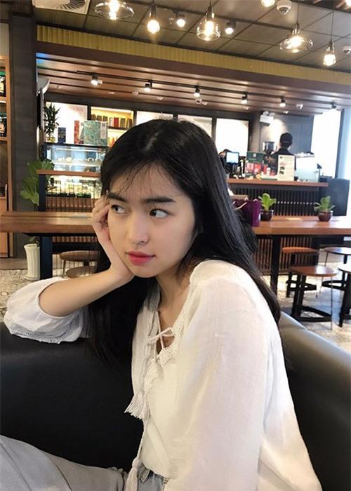 "Do nhan sac doi thuong cua dan nu dien vien phim ""Mat biec""-Hinh-10"