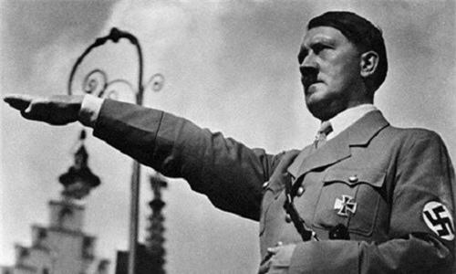 Trum Hitler suyt bi mot dan thuong giet chet nhu the nao?