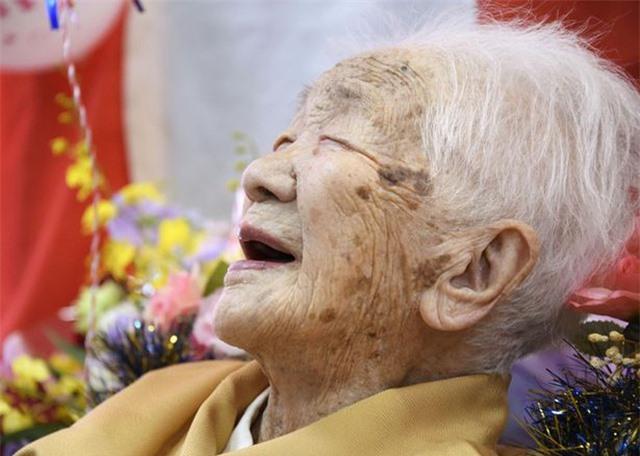 Cụ bà già nhất thế giới qua đời ở tuổi 127 - 4
