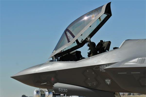 Loi ngo ngan khien F-35 bi delay... 45.000 gio moi nam nay moi duoc sua-Hinh-9