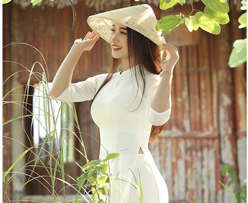 Nhan sắc khó cưỡng của cô giáo Lưu Thị Phương Thảo