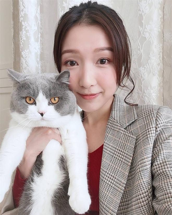Nhan sắc xinh đẹp của Á hậu Hong Kong khiến tỷ phú hơn 26 tuổi say đắm, chung thủy suốt nhiều năm - Ảnh 15.