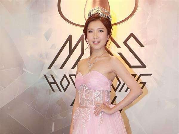 Nhan sắc xinh đẹp của Á hậu Hong Kong khiến tỷ phú hơn 26 tuổi say đắm, chung thủy suốt nhiều năm - Ảnh 3.