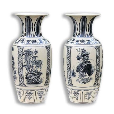 Lộc bình gốm Chu Đậu - một sản phẩm được ưa chuộng trong và ngoài nước.
