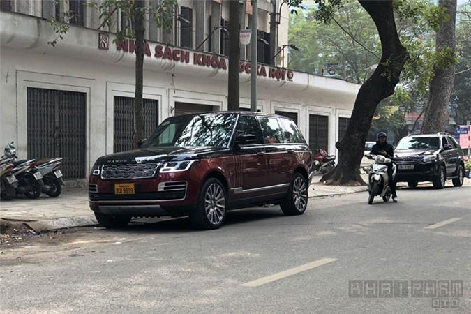 Range Rover SV hơn 40 tỷ, biển số tứ quý 9 của Lào.
