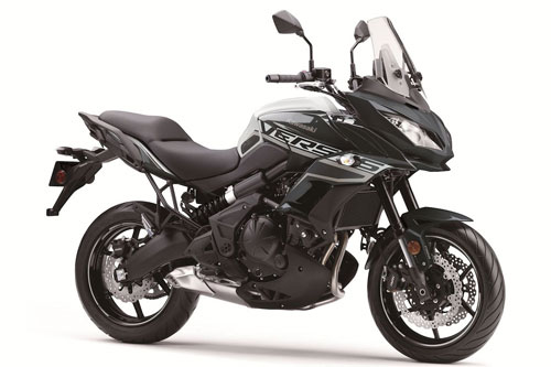 4. Kawasaki Versys 650 2020 (giá: 7.949 euro).