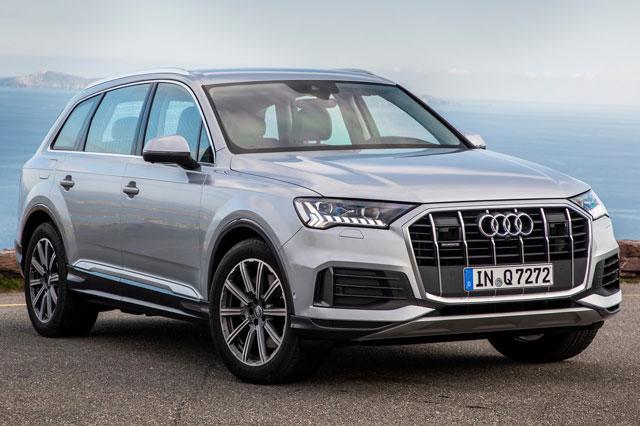8. Audi Q7 (giá khởi điểm: 61.975 USD).