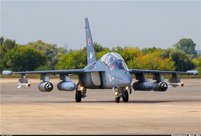Bat ngo: Yak-130 Viet Nam co kha nang huan luyen phi cong the he nam!-Hinh-5