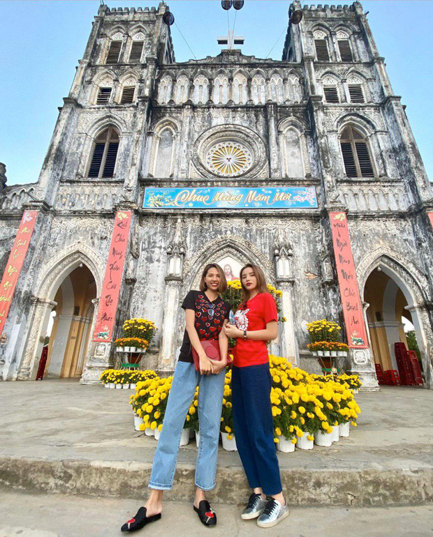 Dịp Tết vừa rồi, Kỳ Duyên đã có mặt tại quê Minh Triệu để đón năm mới cùng nhau.