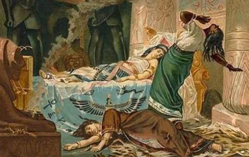 Một trong những nơi an nghỉ ngàn thu của nhân vật vĩ đại nổi tiếng lịch sử mà công chúng muốn tìm thấy nhất là lăng mộ của Nữ hoàng Cleopatra.