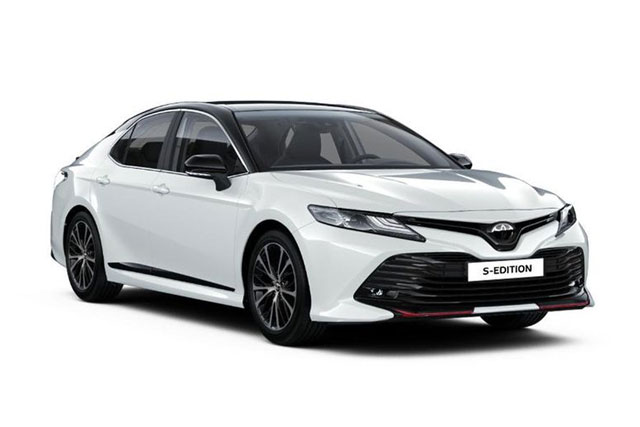 Toyota Camry S-Edition 2020.