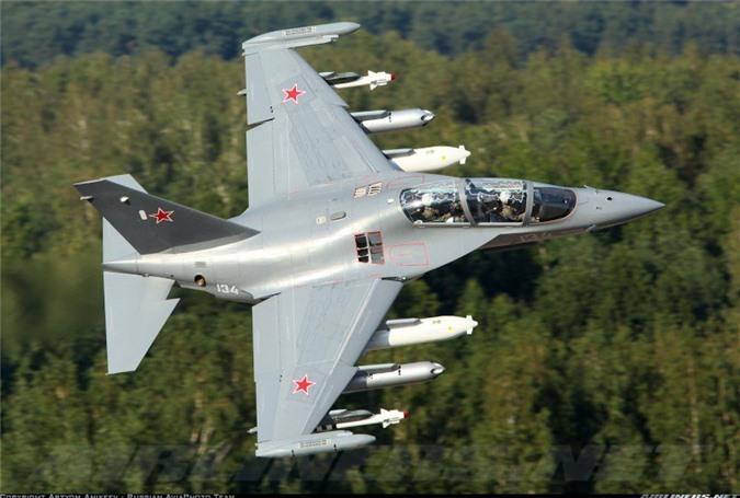 Kha nang mo phong cuc doc cua may bay Yak-130 Khong quan Viet Nam sap so huu-Hinh-8