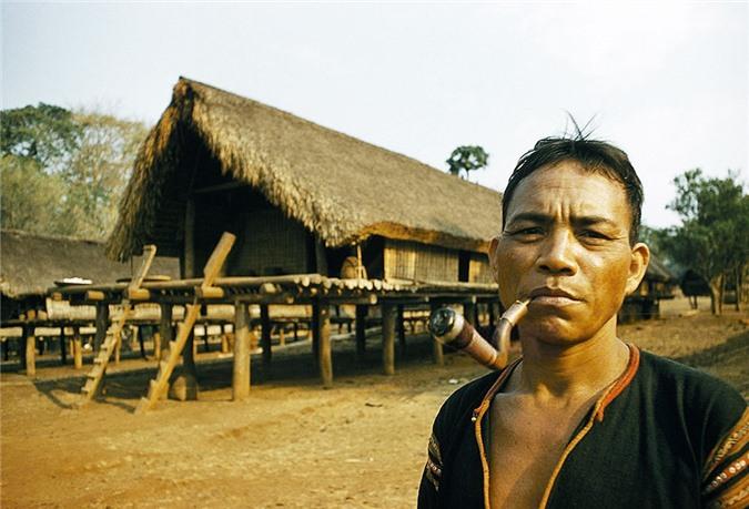 Loat anh dep ngan nguoi ve Viet Nam nam 1961-Hinh-9