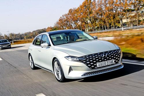 Hyundai Grandeur (doanh số: 9.350 chiếc).
