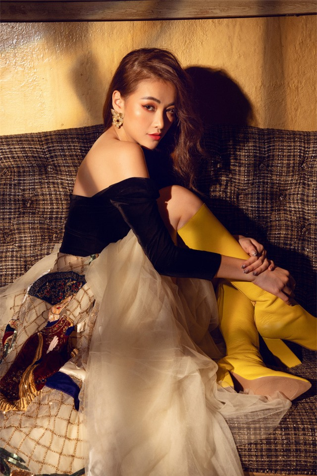 Bộ ảnh kỉ niệm 1 năm đăng quang của Hoa hậu Phương Khánh - Ảnh 2.