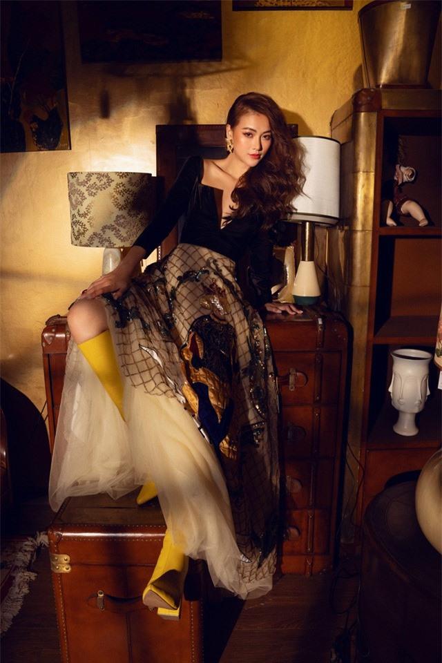 Bộ ảnh kỉ niệm 1 năm đăng quang của Hoa hậu Phương Khánh - Ảnh 5.